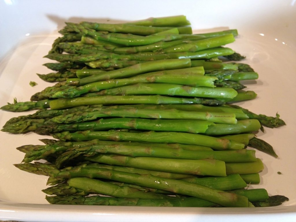 Asparagus Stalks To The Pot And Brought It Back To A Boil I Covered It  And Cooked For About 4 Minutes Over Medium Heat Until The Stalks Were Tender €�